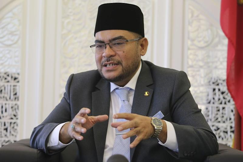 Mujahid explained that Malaysians were free to practise whatever they believed in private, but added that these practices become a 'problem' when propagated publicly. — Picture by Yusof Mat Isa