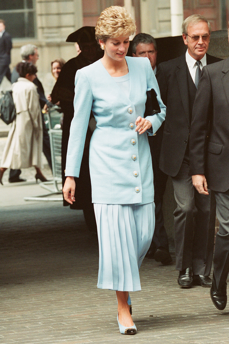 <p>Nobody wears pastel quite like Diana and this duck egg blue look, worn to London's Barbican in June 1993, is a case in point. The buttons and the earrings match. Even the shoes are spot on!</p>