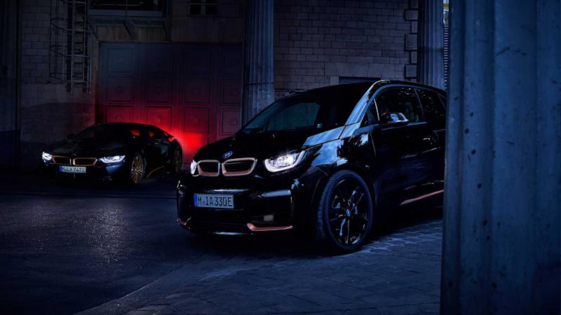 BMW i3s RoadStyle, i8 Ultimate Sophisto debut with dark