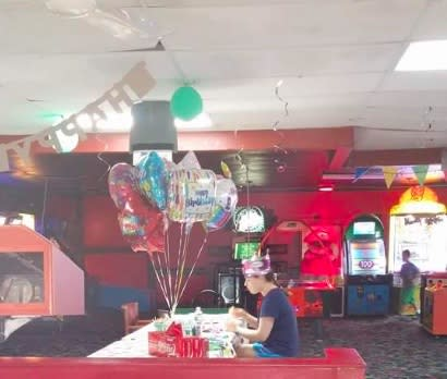 This very sad photo of a teen alone on her birthday is going viral, and you can help!