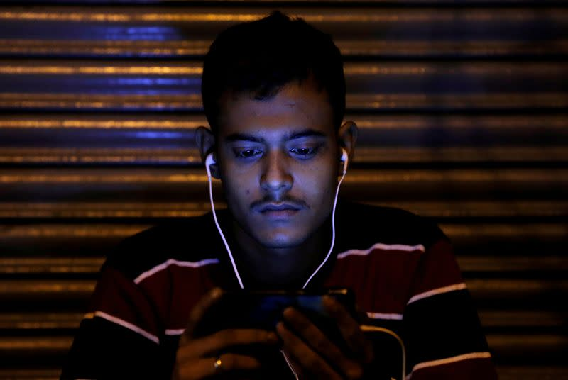 India app ShareChat in talks with Sequoia, others to raise up to $200 million: sources