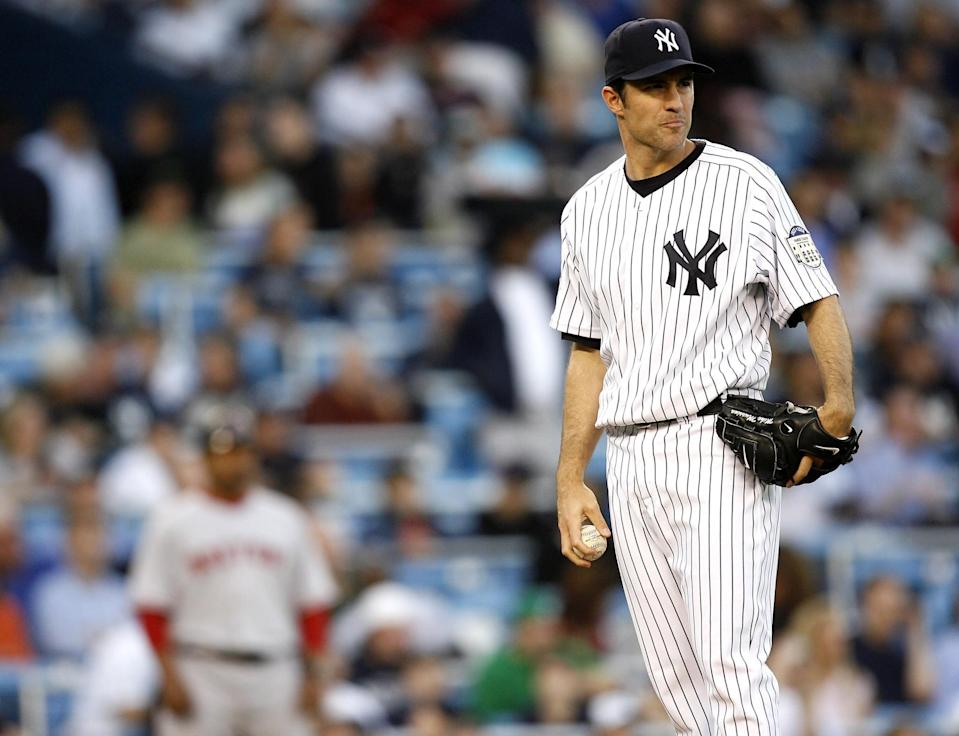 Mike Mussina could use a boost to get to 75 percent. (Getty Images)