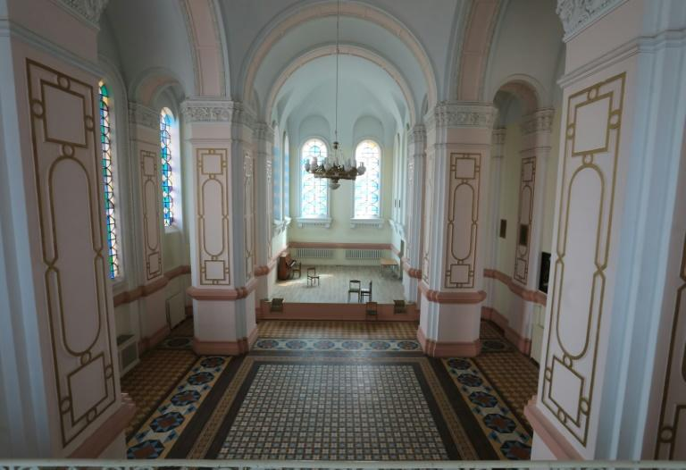 The facility includes an Orthodox Church as well as offices and apartments for the prison guards