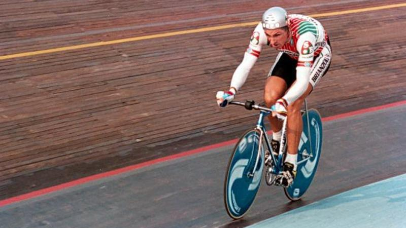 Cycling Hour Record: bikes