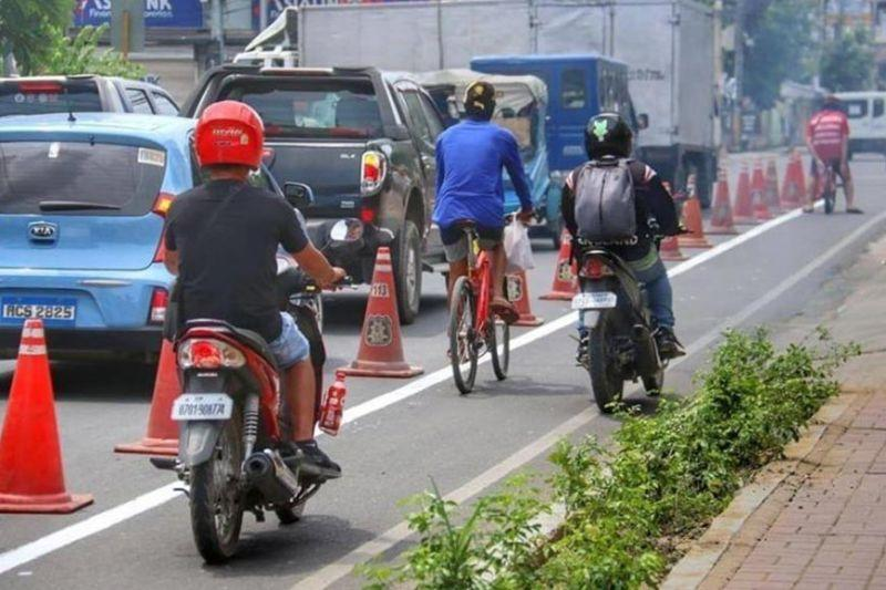 Team: Only cyclists allowed on bike lanes
