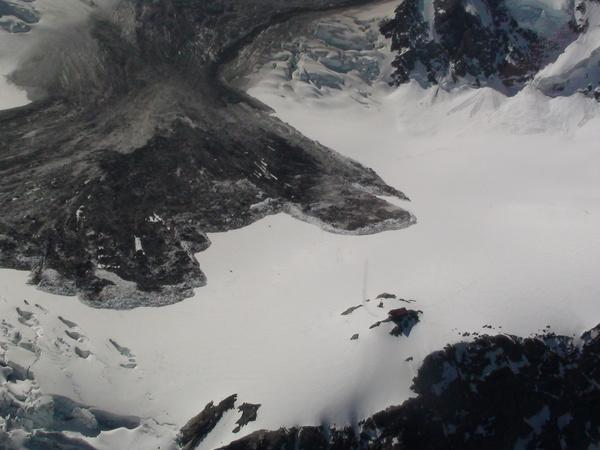 A rockfall in Aoraki Mount Cook National Park nearly hit a hiker's hut on the Grand Plateau. The hut is the tiny brown rectangle in the lower right.