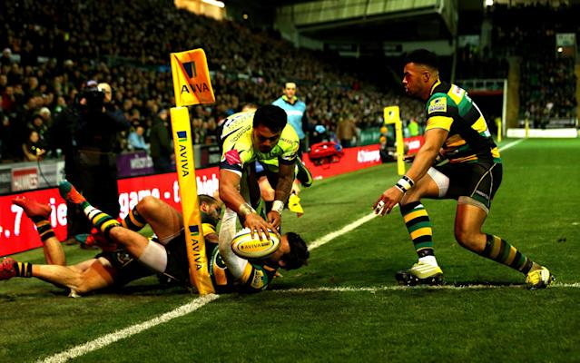 <span>Denny Solomona scoring a spectacular try for Sale</span> <span>Credit: REX FEATURES </span>
