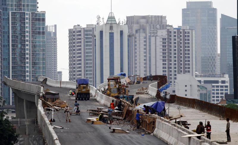 Weak infrastructure holds back Indonesian economy