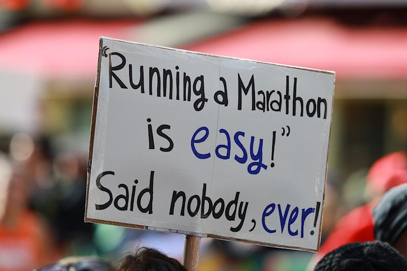 Crowds support marathon runners as they race up First Avenue on Nov. 3, 2019 in the Upper East Side neighborhood of New York City. (Photo: Gordon Donovan/Yahoo News)