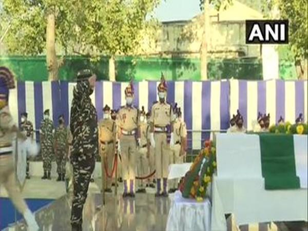 Visual from the wreath laying ceremony in Srinagar. [Photo/ANI]