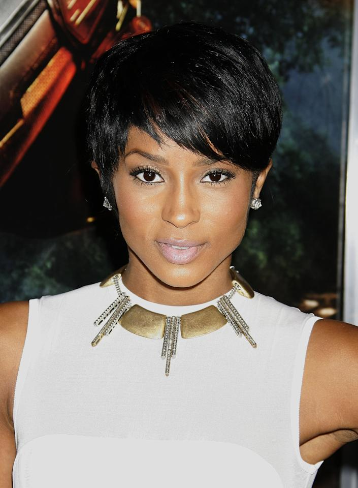 <p>Singer Ciara attended the premiere for <strong>G.I. Joe: The Rise Of The Cobra</strong> with the pixie cut of our dreams.</p>