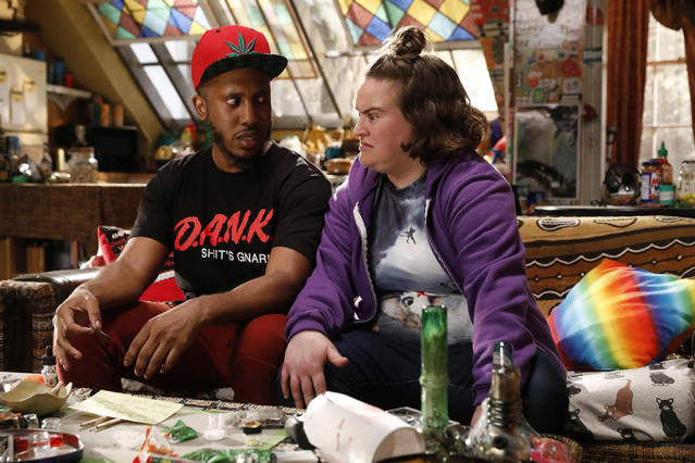 <p>Bell with Betsy Sodaro as Dabby. (Photo: Netflix) </p>