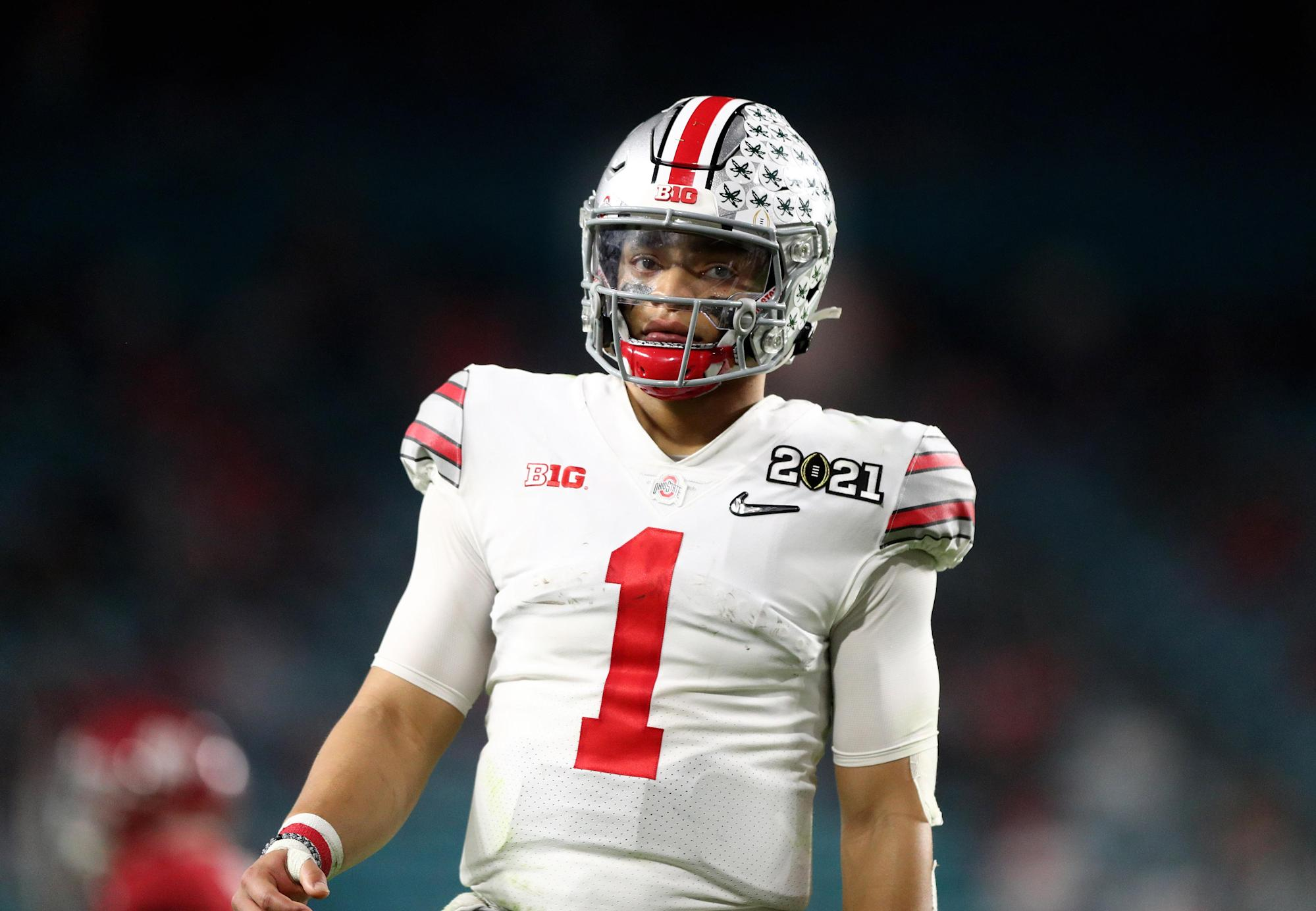 Matt Rhule explains why Panthers passed on Justin Fields – Yahoo Sports