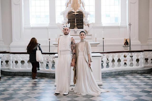 "Nico Tortorella marries longtime partner Bethany Meyers. (Photo: Courtesy of <a href=""https://www.instagram.com/victoriamatthews_/"" rel=""nofollow noopener"" target=""_blank"" data-ylk=""slk:Victoria Matthews)"" class=""link rapid-noclick-resp"">Victoria Matthews)</a>"