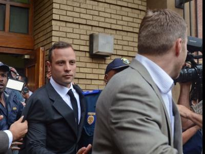 Oscar Pistorius trial begins with witness' account of 'bloodcurdling' screaming