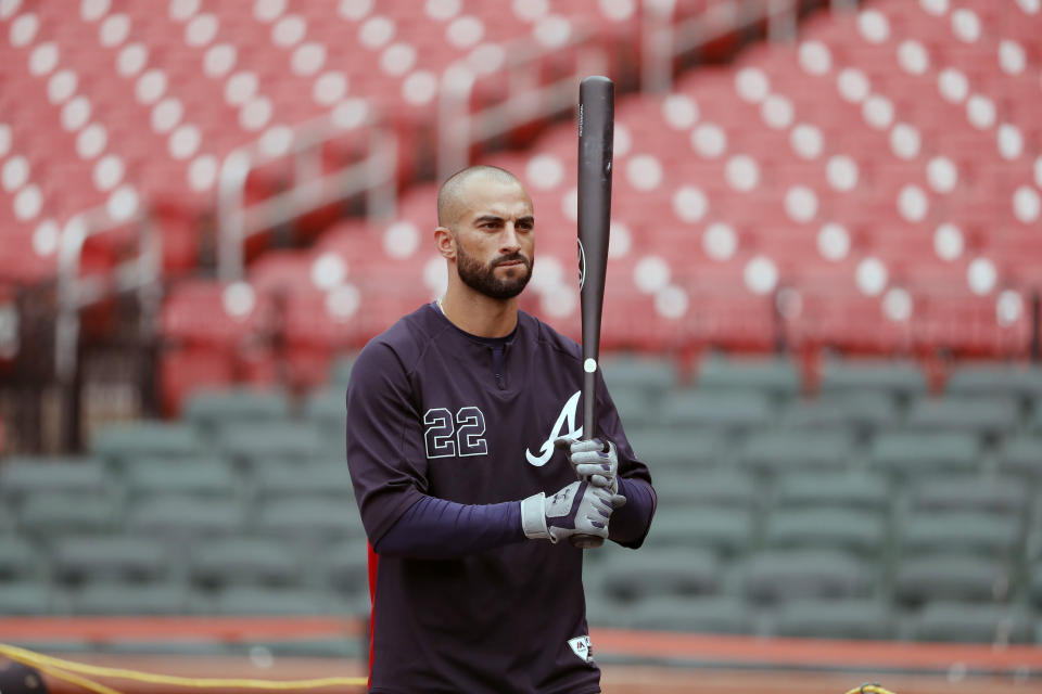 Atlanta Braves' Nick Markakis takes batting practice at the baseball National League Division Series Saturday, Oct. 5, 2019, in St. Louis. The Braves are set to play the St. Louis Cardinals in Game 3 of the series on Sunday in St. Louis. (AP Photo/Jeff Roberson)