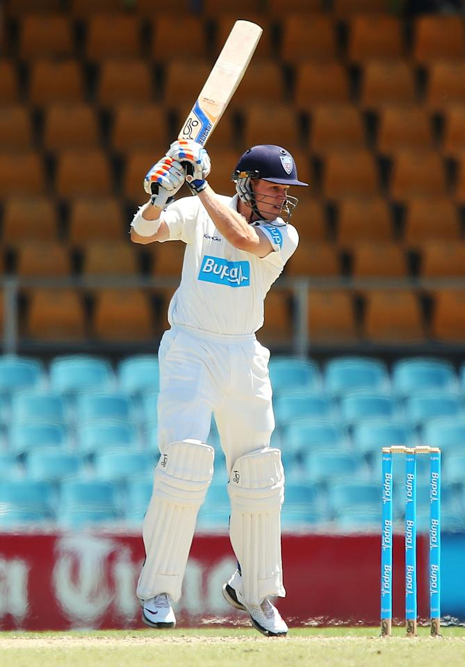 CANBERRA, AUSTRALIA - DECEMBER 06:  Scott Henry of Chairman's XI bats during day one of the international tour match between the Chairman's XI and Sri Lanka at Manuka Oval on December 6, 2012 in Canberra, Australia.  (Photo by Brendon Thorne/Getty Images)