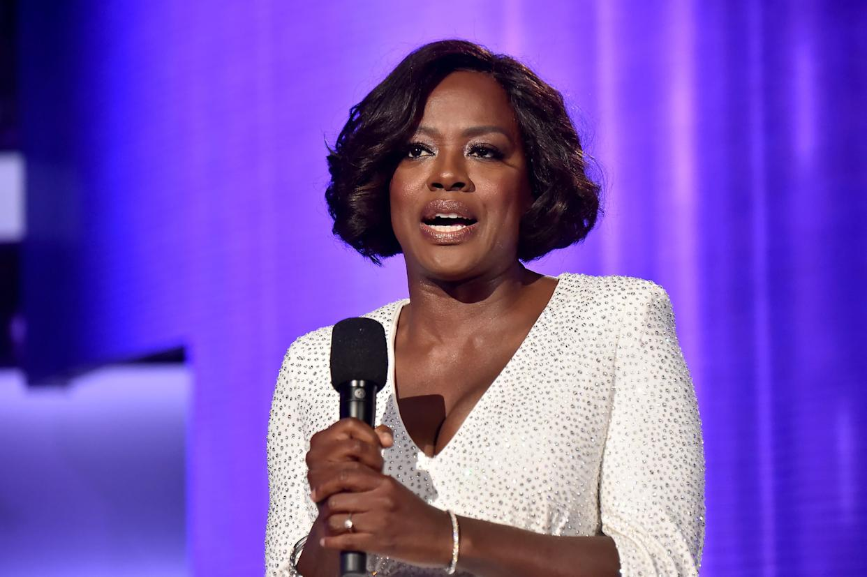 LOS ANGELES, CA - NOVEMBER 19: Viola Davis onstage during the 2017 American Music Awards at Microsoft Theater on November 19, 2017 in Los Angeles, California. (Photo by Jeff Kravitz/AMA2017/FilmMagic for dcp)