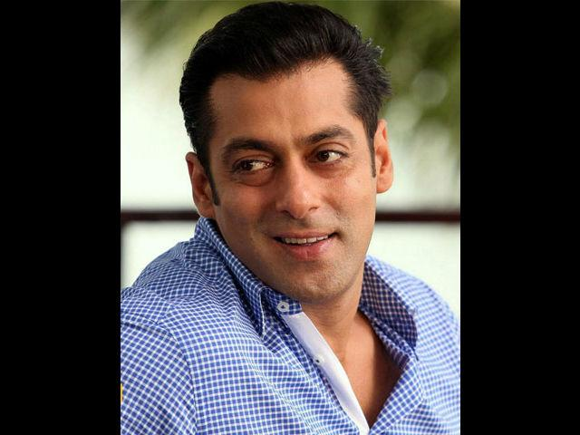 <b>1. Salman Khan</b><br> In spite of the rough and tough Dabangg image, Salman Khan is a softie when it comes to his mother. That, he is a mama's boy became evident when he appeared on a chat show with his mother to discuss the subject 'Mama's boys'. On that show Salman Khan said that he is extremely close to his mom and she has spoiled and pampered him. He even went on to say that any woman who would come in his life would have to give up everything and take care of him, just like his mom.