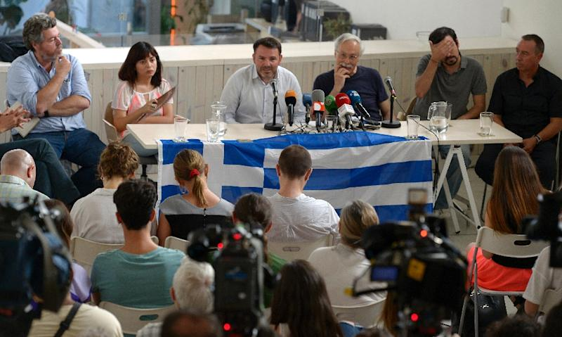 Members from Equo, Madrid Now, Front de Gauche, Podemos Madrid, United Left and Compromis give a press conference in support of Greece in Madrid, on July 3, 2015 (AFP Photo/Gerard Julien)
