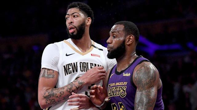 cd67ee09003 Report  Anthony Davis expected to sign series of short-term contracts