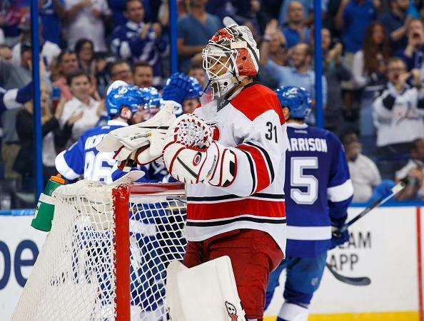 """The <a class=""""link rapid-noclick-resp"""" href=""""/nhl/teams/tam/"""" data-ylk=""""slk:Tampa Bay Lightning"""">Tampa Bay Lightning</a> celebrate a goal against goalie <a class=""""link rapid-noclick-resp"""" href=""""/nhl/players/4870/"""" data-ylk=""""slk:Eddie Lack"""">Eddie Lack</a> #31 of the <a class=""""link rapid-noclick-resp"""" href=""""/nhl/teams/car/"""" data-ylk=""""slk:Carolina Hurricanes"""">Carolina Hurricanes</a> during the third period at Amalie Arena on March 1, 2017 in Tampa, Florida. (Getty Images)"""