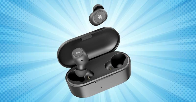 SoundPEATS are just like AirPods, but affordable. (Photo: Amazon)