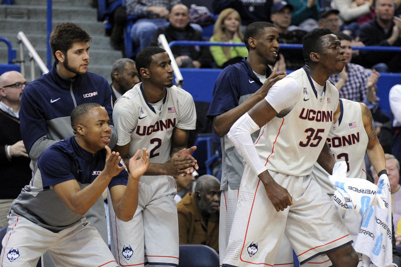 UConn upsets No. 11 Cincinnati 51-45
