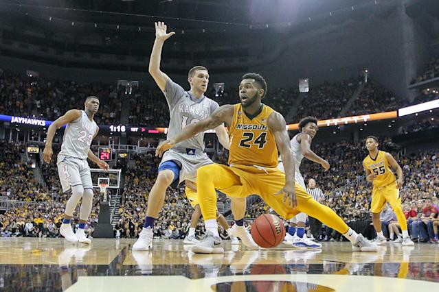 The Kansas-Mizzou rivalry returned for an unofficial game in 2017, and now the real thing has finally returned. (Photo by William Purnell/Icon Sportswire via Getty Images)