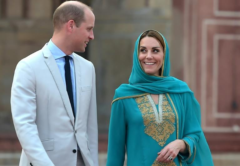 Britain's Prince William and his wife Kate spent a busy day in the eastern city of Lahore, during which they toured the iconic Badshahi Mosque