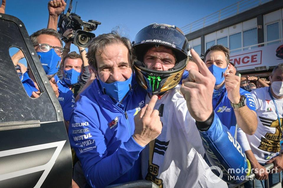 "Davide Brivio, Joan Mir, Team Suzuki<span class=""copyright"">Gold and Goose / Motorsport Images</span>"