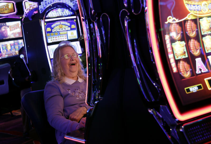 New casino opens in Catskills after decades of waiting