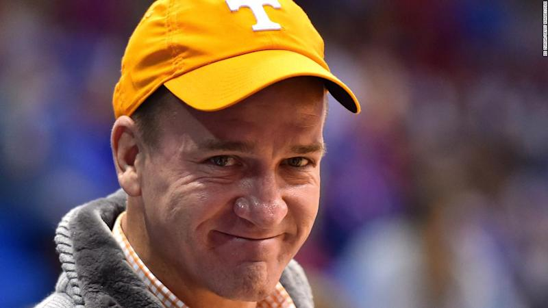 Peyton Manning crashes an online class at the University of Tennessee