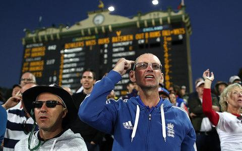 England cricket fans - England fail to find hiding place as batsmen wilt under Aussie onslaught - Credit: Getty Images