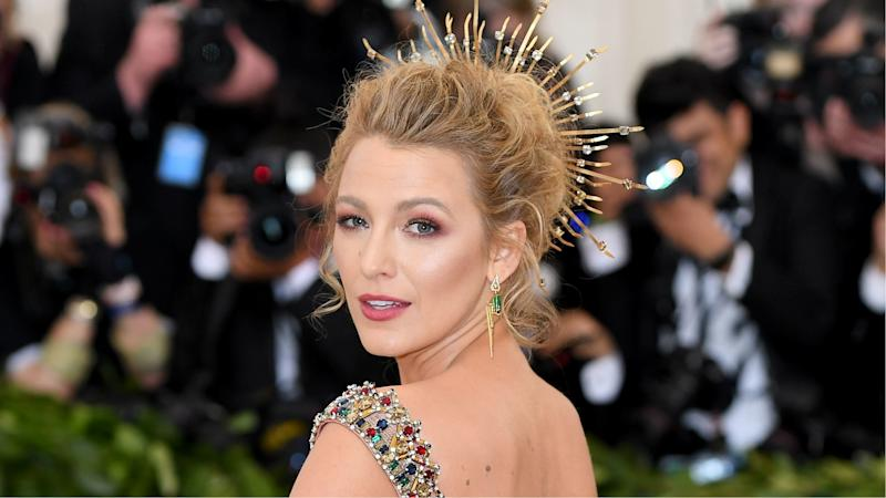 Blake Lively Wore a Full Face of Drugstore Makeup to the ...