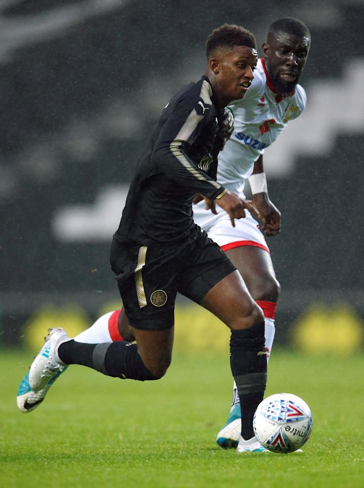 Soccer Football - Milton Keynes Dons vs Leicester City - Pre Season Friendly - Milton Keynes, Britain - July 28, 2017   Milton Keynes Dons' Ousseynou Cisse in action with Leicester City's Demarai Gray   Action Images via Reuters/Andrew Boyers