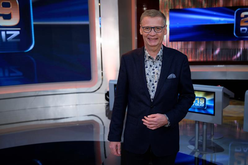 "20 December 2019, North Rhine-Westphalia, Hürth: The presenter Günther Jauch is in the studio after the recording of the TV show ""2019 - Das Quiz"". The show will be shown on 30.12.2019 in the first program. Photo: Henning Kaiser/dpa (Photo by Henning Kaiser/picture alliance via Getty Images)"