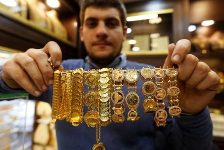 Gold steadies near two-week high as dollar eases on rate cut bets