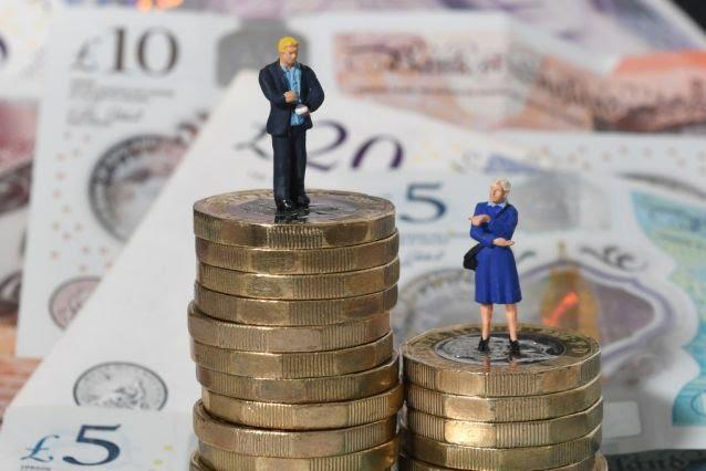 Men now have over £8,000 more in savings than women. (Joe Giddens/PA Archive/PA Images)
