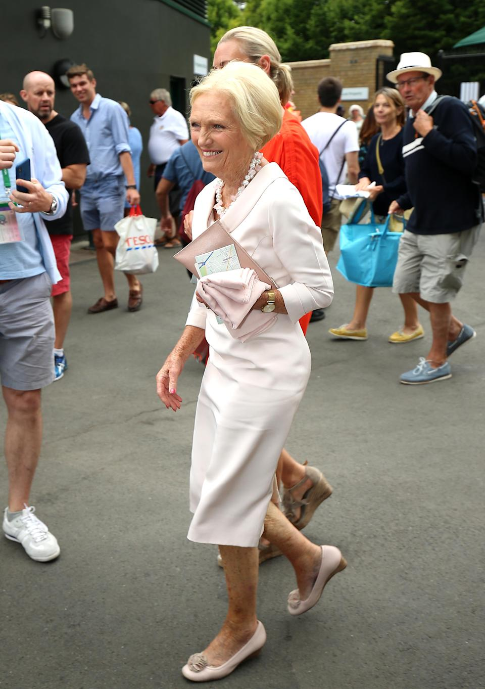 <p>Mary Berry donned blush pink hues for the women's quarter finals on 10 July. <em>[Photo: Getty]</em> </p>