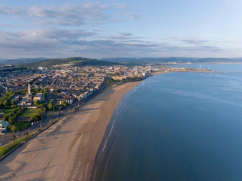 An aerial view of Swansea Bay (Getty Images/iStockphoto)