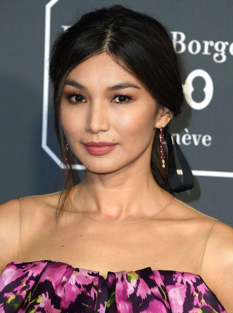 <p>Gemma Chan looks absolutely stunning in this matte neutral makeup. Her eyeshadow complements her lip color and all work together with her skin tone. This look would work well for a wedding in any season or time of day. </p>