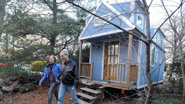 Maryland Couple to Retire in $19K 'Tiny House' on Wheels