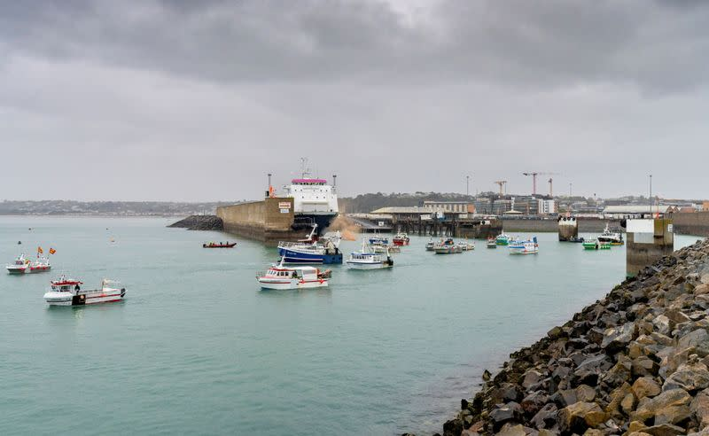 French flotilla stages protest off Jersey in fishing row