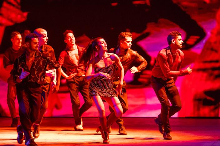 """Yesenia Ayala and the cast of """"West Side Story"""" on Broadway"""