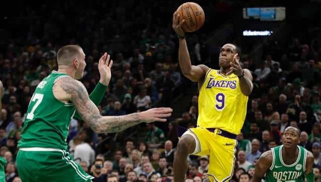 NBA: Los Angeles Lakers point guard Rajon Rondo breaks thumb in practice, out for 6-8 weeks