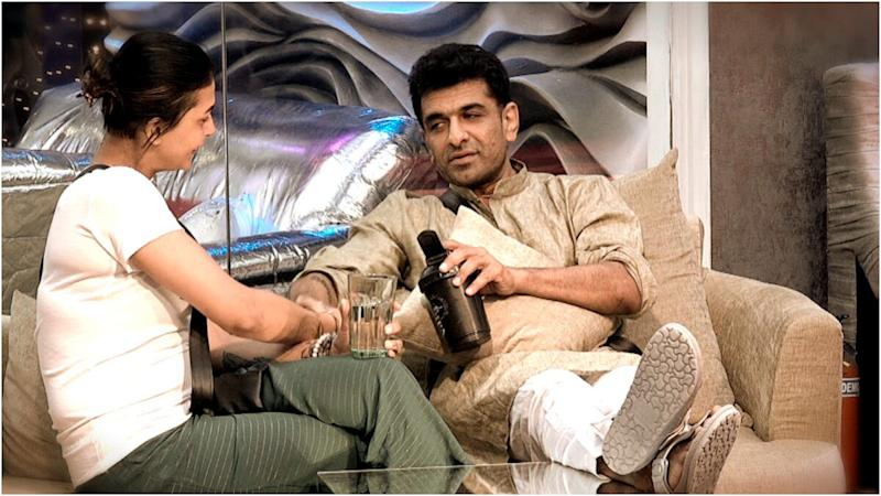 Bigg Boss 14 Preview: Pavitra Punia Screams At Eijaz Khan, Says 'Zyada Khubsurat Hun Isliye Tum Paas Aa Jate Ho' (Watch Video)