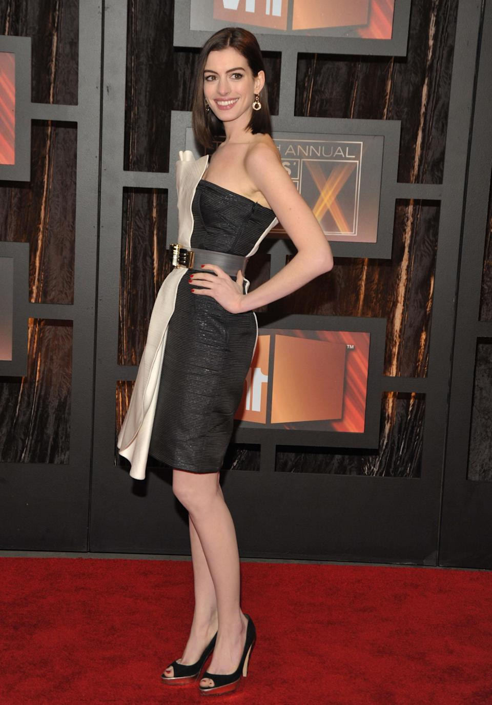Anne Hathaway during awards season in 2009. (Photo: Getty Images)