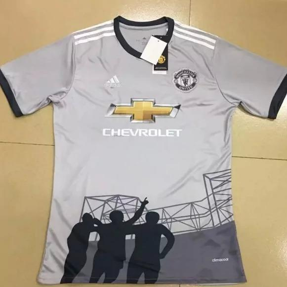 <p>A sight for sore eyes, this could be Manchester United's third kit. Surely not… </p>