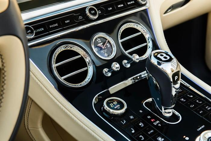 bentley continental gt v8 v8photo james lipman jameslipman com 5 700x467 c